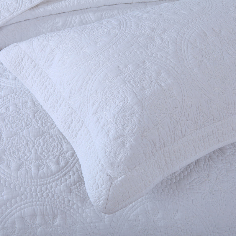Matelasse Quilt Supplier 100 Cotton White Embroidery